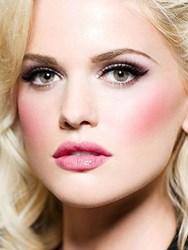 gI_115880_bed-head-makeup